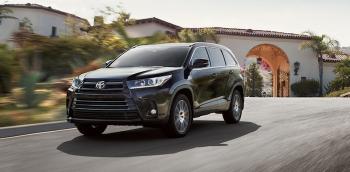 2017 Toyota Highlander available in Morristown